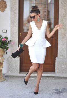 'Rochelle' White Peplum V Neck Stretch Dress