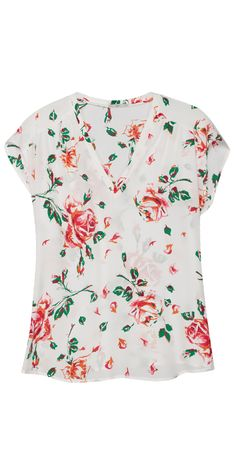 Spring is in full bloom on our Suela Top with this vintage rose print.