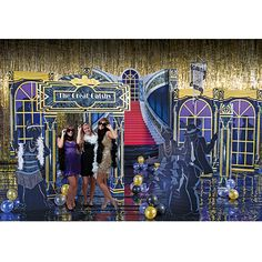 Celebrate the roaring twenties with Great Gatsby Party Supplies. Our Great Gatsby Party Supplies will help you create the look, and feel of the 1920's.