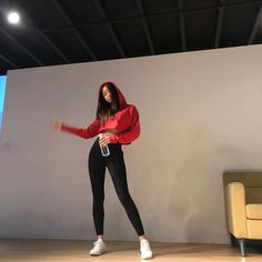 Naeun Shows Off Her Picture Perfect Butt In Skin-Tight Leggings — Koreaboo Dance Outfits, Cute Outfits, Dance Practice Outfits, Skinny Girl Body, Dance Mom Shirts, Skin Tight Leggings, Apink Naeun, Ulzzang Korean Girl, Korean Aesthetic