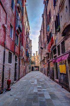 explore-the-earth:    Venice, Italy