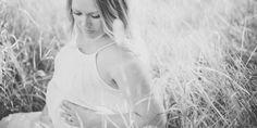 Piękna mama przed porodem | Ciało Camisole Top, Tank Tops, Women, Fashion, Moda, Halter Tops, Fashion Styles, Fashion Illustrations, Woman