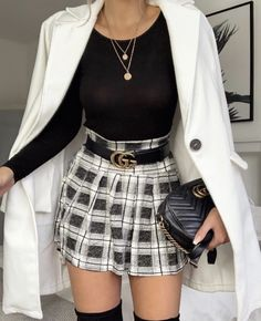 Pin by Caroline Dutton on Fall & Winter outfits in 2019 Cute Outfits For School, Cute Casual Outfits, Stylish Outfits, Mode Outfits, Fashion Outfits, Womens Fashion, Fashion Trends, Teen Fashion, Look Fashion