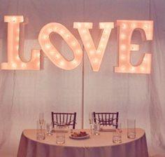 #weddingstyle #weddings #lovesign #retro repinned by www.hopeandgrace.co.uk