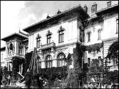 Early 1900s photograph of Cotroceni Palace, taken by Romanian photographer Alexander Antoniu.