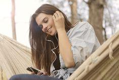Elokuu lähestyy loppuaan ja kesä alkaa kääntyä syksyksi. Syksyn kynnyksellä Spotify on tutkinut dataansa kesän ajalta ja julkistanut kesän 2021 kuunnelluimmat biisit ja podcastit niin meiltä kuin muualta. Kotimaan kamaralla kuunnelluimmissa biiseissä näkyy tämän vuoden Euroviisujen Guided Meditation Apps, Types Of Meditation, Reducing Cortisol Levels, Mindfulness App, Memory Test, Get Instagram, Joe Rogan, Lifestyle Trends, Christ