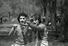 he as-yet unknown Robin Williams (right) in Central Park, 1974.