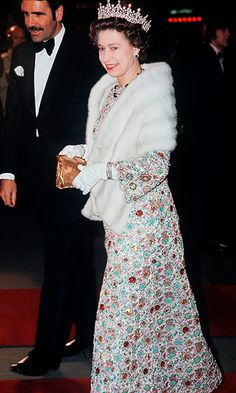 Queen Elizabeth's 90th birthday: 150 of her favorite outfits to go on display