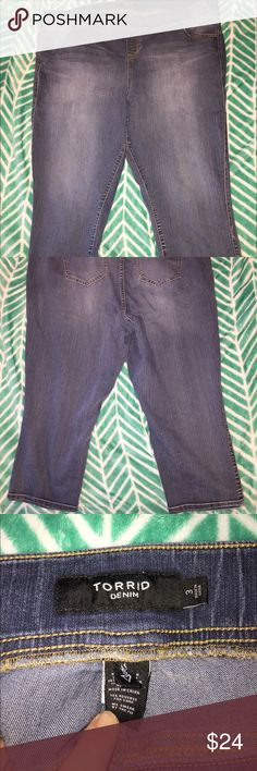 Torrid Capri jeggings These are really cute and comfy they also have real pockets on the front and back! They look and feel like real jeans! Worn once, washed & hung up in my closet! torrid Jeans