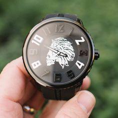 Tendence Apache Skull Black & White watch. http://ift.tt/2i8ADL2
