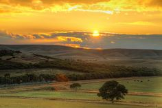 Burra (Australia) countryside sunrise HDR - Steve's Digicams Forums