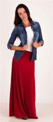 This burgundy maxi skirt is perfect for fall. We love it paired with a denim top!