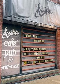 Over 1500 acts performed at the Graffiti from 1983 until its closing in 2000.