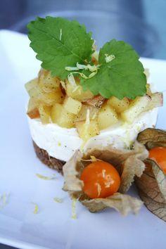 Epledessert Camembert Cheese, Waffles, Breakfast, Sweet, Desserts, Heavens, Food, Morning Coffee, Candy