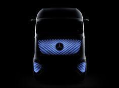 The Mercedes-Benz Future Truck 2025 sheds its light on goods transportation. Future Transportation, Future Trucks, Mercedes Benz Trucks, Mercedez Benz, Truck Design, Auto Design, Commercial Vehicle, Car Lights, Car Detailing