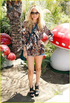 Nicole Richie @ Coachella 2011