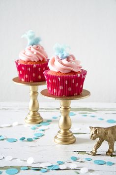 Sweet Tooth: State Fair Faves: Cotton Candy Cupcake Recipe. What child wouldn't swoon over these?