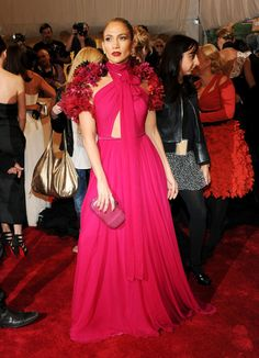 Jennifer Lopez in Gucci (Costume Institute Gala - minus the weird bolero. Shrug For Dresses, Gala Dresses, The Dress, Pink Dress, Nice Dresses, Evening Dresses, Formal Dresses, Long Dresses, Elegant Dresses