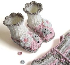 SALE+Knitted+Baby+booties+Funny+Mouses+/+knit+baby+by+MiaPiccina,+$25.00