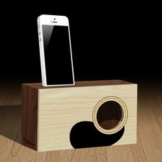Candcrafted wooden iPhone amplifier dock