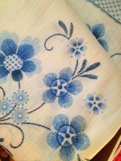 60s vintage swedish retro floral fabric. Nice scandinavian design. Great condition