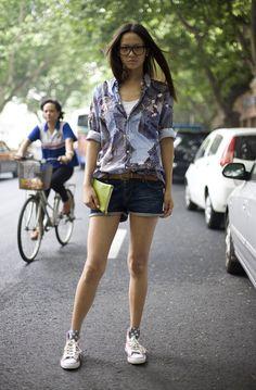 Grace Gao, Denim Print Shirt | Street Fashion | Street Peeper | Global Street Fashion and Street Style