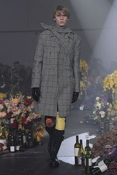 Raf Simons Fall 2018 Menswear Fashion Show Collection