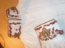 bunadskjorte vest telemark - Google-søk Head Pieces, Aprons, Norway, Scandinavian, Vest, Traditional, Costumes, Google, Shirts