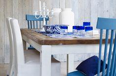 Mesa com decoração grega. Estilo de decoração para mesa posta.