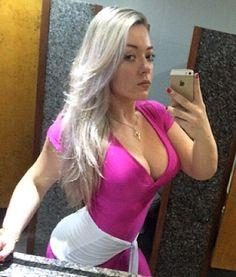 #semsorrisinho #semmimimi #brunapersonaltrainer #bodybuilder #bodybuilding #barbiemaromba #barbiestrong #fitness #gym #powerblond #lifestile #snk #snkaction #treinesnkaction #snkclub #OUTUBROROSA