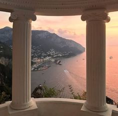 Capri, Italy Capri, Italy,Paysage (voyage) ✨SUPREMECURLZ✨✨ Related posts:Traveling or want travel inspo? - Beautiful Places You Should Visit in Italy - TravelThe Sanctuary. Oh The Places You'll Go, Places To Travel, Travel Destinations, Beautiful World, Beautiful Places, Beautiful Pictures, Travel Aesthetic, Adventure Is Out There, Aesthetic Wallpapers