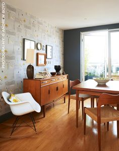 Mini Moderns Weekend Part 2! A shopping list of the Mini Moderns items used by Kirstie Allsopp on Kirstie's Vintage Home...