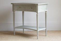 Reynolds Side Table | BungalowClassic