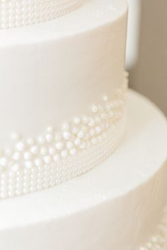 White Wedding Cake with Icing Pearls | photography by http://www.alexisjuneweddings.com