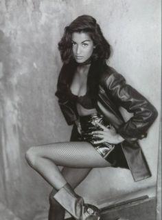 "Vogue UK March 1993 ""Red Hot Black Leather"" Model: Yasmeen Ghauri ph: Sante D'Orazio News Fashion, Fashion Shoot, Fashion Poses, Michaela Bercu, Original Supermodels, New York, 90s Models, Stockings And Suspenders, Best Lingerie"