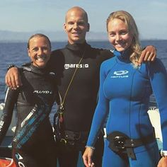 Magic conditions today and awesome company in le grand bleu, as always ! Le Grand Bleu, Womens Wetsuit, Conditioner, Pandora, Outdoors, Magic, Crop Tops, Woman, Lady