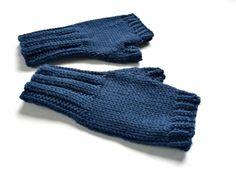 Bio Fingerlose Kinderhandschuhe, dunkelblau, kbT von frostpfoetchen auf DaWanda.com