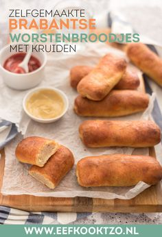 Savoury Baking, Dutch Recipes, Savory Snacks, Hot Dog Buns, Cravings, Foodies, Bakery, Food Porn, Brunch
