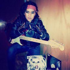 "#SamsungBornThisWay #LadyGaga #LadyGagaenMexico #LadyGagaBornThisWay #BornThisWayBall @karzzgf's photo: ""I'm gonna marry the night este 26 de Octubre con Lady Gaga y @samsungmobilemx porque #SamsungBornThisWay"""
