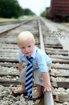 2 year old boy birthday photo by FOSC Photography from DFW, Texas