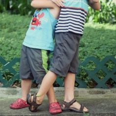 Reversible Kids Short Pattern | AllFreeSewing.com