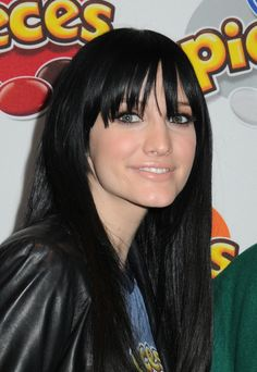 Google Image Result for http://ashleesimpsonhairstyle.com/wp-content/uploads/2010/01/Ashlee-Simpson-Black-Hair-2010.jpg
