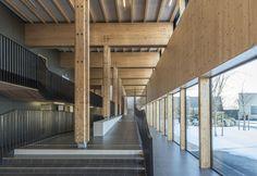 "SR SALAS NÃO PRECISAM SER IGUAIS Escola ""The Proudhon"" em Besançon / Tectoniques + Architectures Adelfo Scaranello"