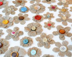 Burlap Button Flowers w/ Vintage and Recycled Buttons - DIY - Burlap Wedding - Rustic Home Decor Projects - Country Crafts by MimisCountryBoutique
