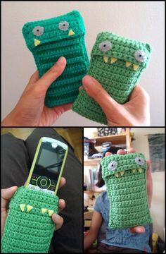 Crochet Stripy Jack Mobile Phone Case - 50 Free Crochet Phone Case Patterns - DIY & Crafts