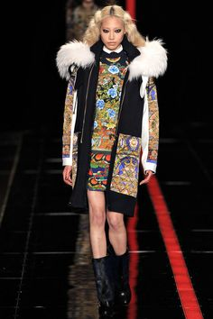 Fashion thangka style