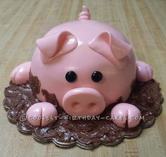 Coolest Pig Cake... This website is the Pinterest of birthday cake ideas