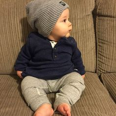 Baby clothes should be selected according to what? How to wash baby clothes? What should be considered when choosing baby clothes in shopping? Baby clothes should be selected according to … Baby Boy Fashion, Toddler Fashion, Kids Fashion, Fall Fashion, Latest Fashion, Fashion Online, Fashion Ideas, Fashion Stores, Fashion Boots