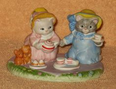 """KITTY CUCUMBER """" KITTY CUCUMBER TEA PARTY PICNIC """" MNB in Collectibles, Decorative Collectibles, Decorative Collectible Brands 