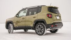 2015 Jeep Renegade Trailhawk winter drive review Photo 11